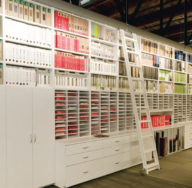 Superieur Mailroom Furniture